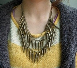 Spike ketting/necklace brons