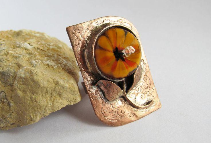 Pierścionek miedziany z kwiatem - Mizeria_Artystyczna - Pierścionki regulowane