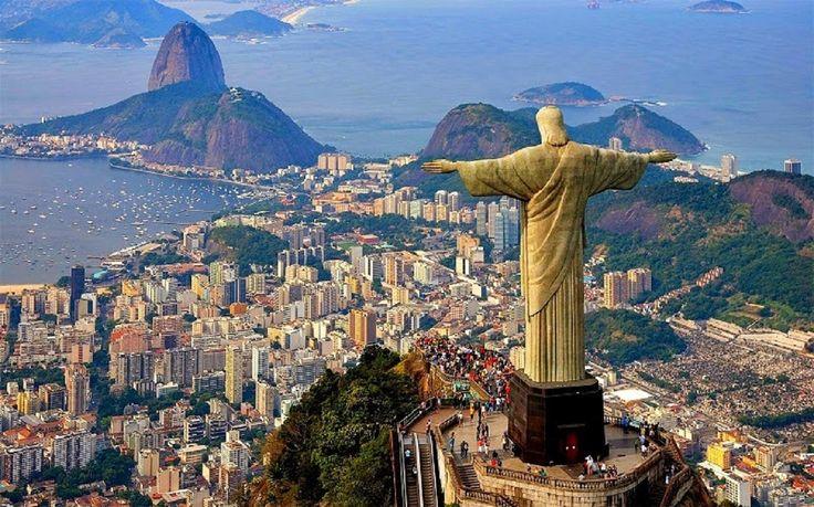 Pertumbuhan ekonomi di Brasil terasa makin mantap. Adapun salah satunya berkat perkembangan sektor wisatanya. Membicarakan wisata di Rio de Janeiro, maka tidak akan terlepas dari 3 ikon utamanya, yakni pantai, samba, dan karnaval. Pantai di Rio de Janeiro Rio de Janeiro populer akan wisata pantainya yang eksotis. Sebut saja mulai dari Lopez Mendez, Ubatula, dan …