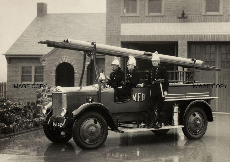 Albion Fire Engine.1930,Melbourne Australia
