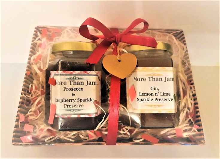 Special Mother's day gift idea? Gin Prosecco Food hamper, Mothers day Gift hamper, Food gift, Homemade jam, Edible gift, Preserves, Gift for her, Alcoholic jam http://etsy.me/2CuPDvq  #jam #breakfast #cooking #Mothersday  #giftsformum #ediblegift #lovemum #sweettooth