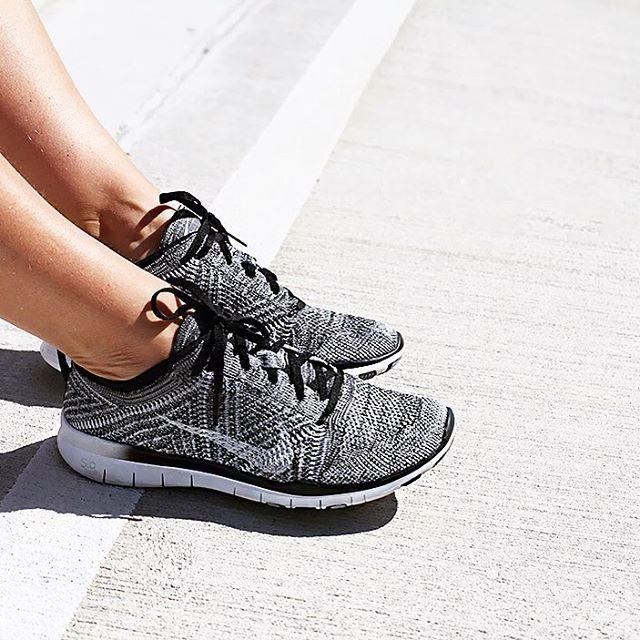 sports shoes c3ede d909b Ic516400001009 Demi Rabais Nike Air Max Tn Femme Pas Cher,. Les 277  meilleures images du tableau Nike Nike Nike sur Pinterest Chaussures 2d1187