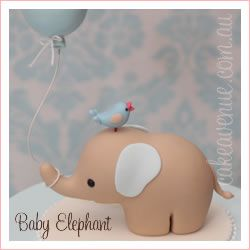 Elefantito con globo y pajarito.
