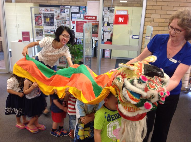 ‪#‎HappyNewYear‬ everyone! ‪#‎PenshurstBranchLibrary‬ celebrated with our Preschool Storytime children and had lots of fun especially doing the ‪#‎dragondance‬. ‪#‎Preschoolstorytime‬ across ‪#‎HurstvilleLMG‬: http://tinyurl.com/hcmfc7w