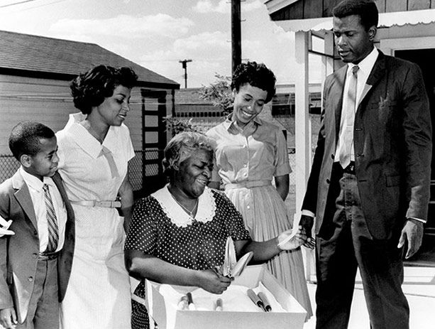 essays of sidney poitier 01022017 sidney poitier, 1967, and one of the most remarkable runs in hollywoo  poitier went north within a year, uneducated, broke,.