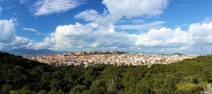 Panoramica di Cagliari vista da Viale Europa, Monte Urpinu.  #sardegna #cagliari