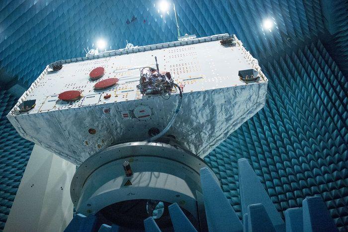 Space in Images - 2016 - 01 - Radio testing of BepiColombo orbiter
