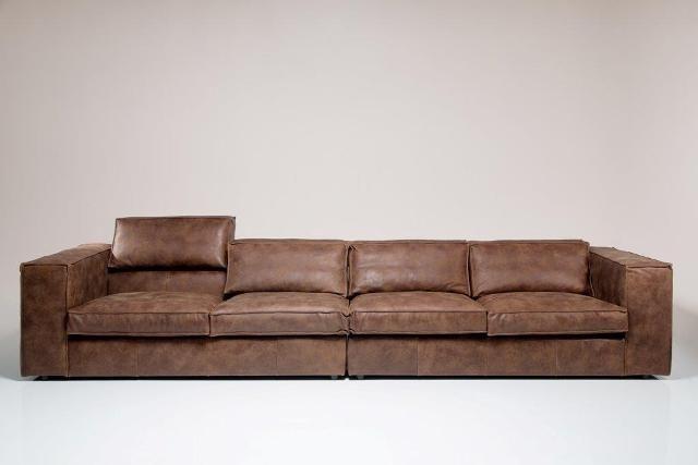 Elementen lounge bank Sassari als grote rechte bank bestaande uit 2 x 2,5 elementen met armleuningen. Deze bank kan nog veel groter!