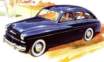 Ford Vedette 51, voiture routière de 1951  La Ford Vedette 51, photo d'époque, voiture de collection construite en 1951, moteur V8 12 CV, 2.158 cm² (66 x 78,8 mm), 66 CV à 4.500 tr/mn, boîte 3 vitesses, freins hydrauliques, poids 1.170 kg, vitesse 135 km/h.