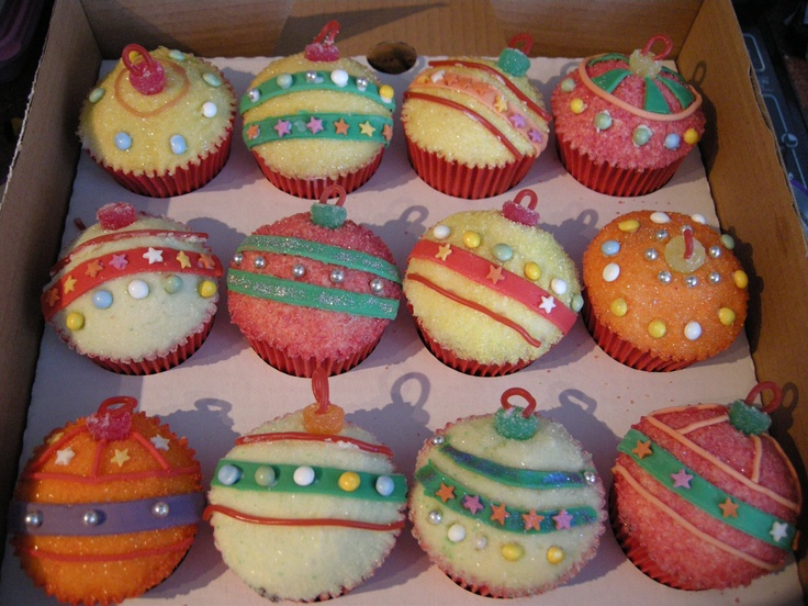 Christmas Bauble Cupcakes