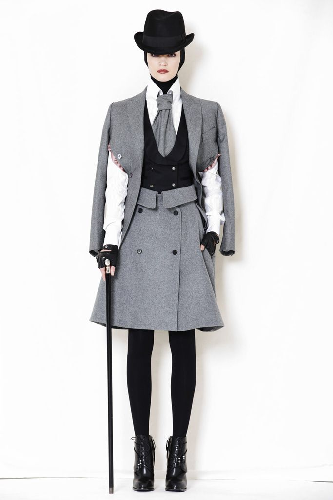 Alexander McQueen Pre-Fall 2009 - Collection - Gallery - Style.com