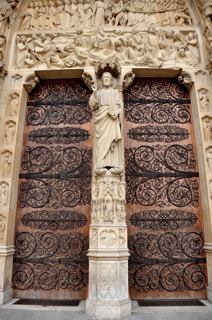 Cathedrale de Notre Dame à Paris, France.