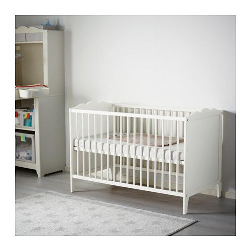 IKEA HENSVIK cot The cot base can be placed at two different heights.