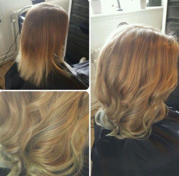 Före och efter bild. Håret har blivit ljusare och fått pastell slingor i blått och grönt.