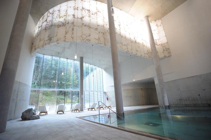 Termas de Tiberio, Balneario de Panticosa, Belén Moneo. El Balneario de Panticosa, gana Interior Design Best of Year Awards 2009 en la categoría de Spa Fitness.