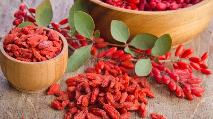 9 Amazing Health Benefits of Goji Berries - https://detox-foods.co.uk/9-amazing-health-benefits-of-goji-berries/