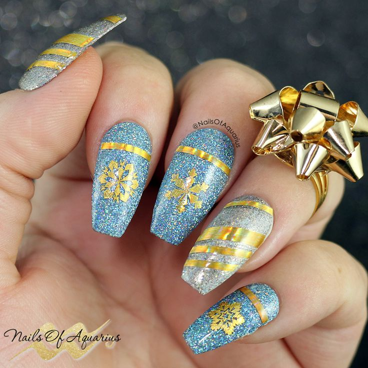 The 29 best Christmas Nail Art images on Pinterest | Christmas nails ...