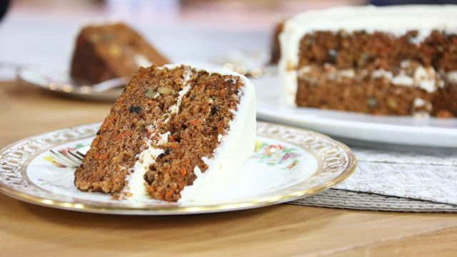 ... Carrot Cake with Cream Cheese Frosting | The Marilyn Denis Show