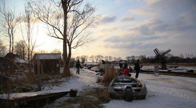 'Rond de Wiedentocht' - 7 februari 2012: Eén van de start- en finishplaatsden: Sint Jansklooster (bezoekerscentrum De Wieden)    schaatsen, natuurijs