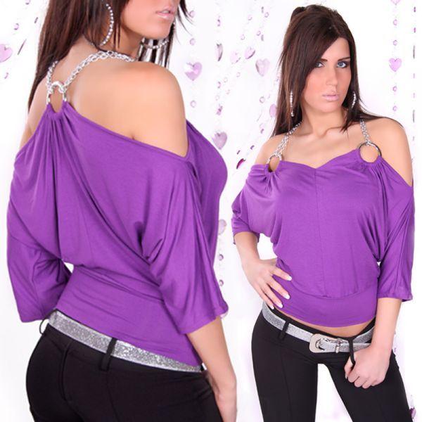 Blusa Fashión com corrente no ombro Material: 95% Polyester 5% Elastano Tam: Único Veste da 34 a 40