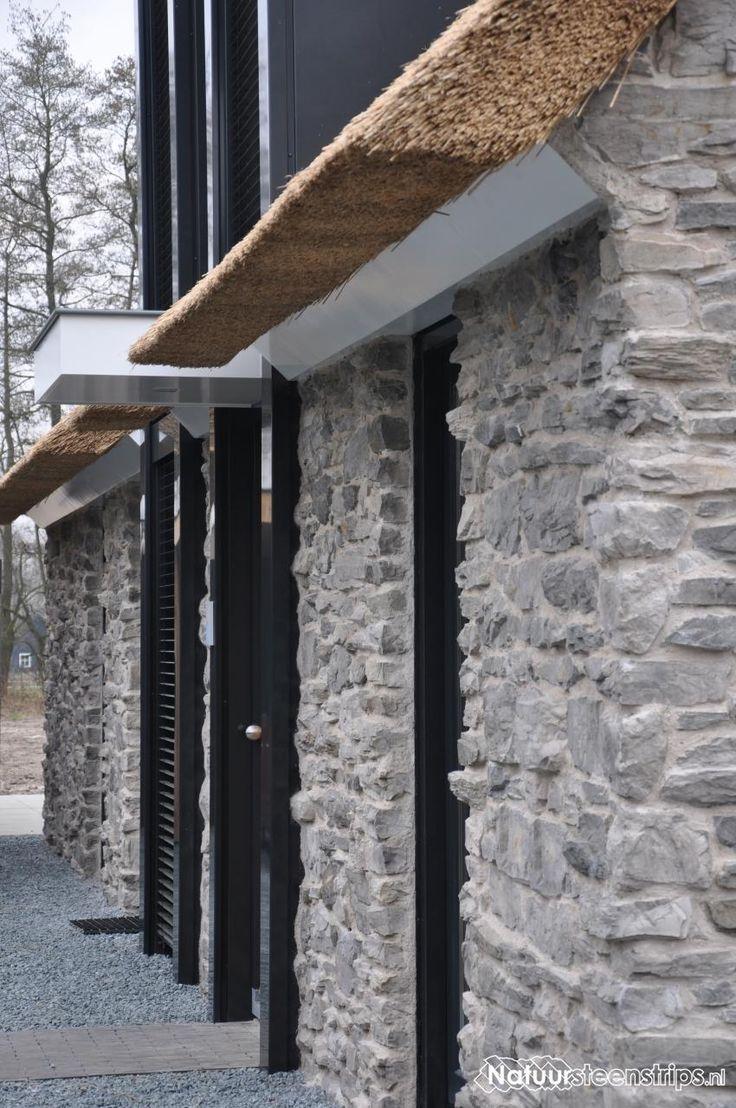 25 beste idee n over stenen muren op pinterest nep stenen muren stenen buitenkant en nep - Wandbekleding voor wc ...