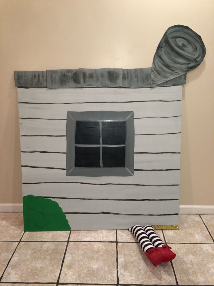 Wizard Of Oz Flying House 201 Best images...
