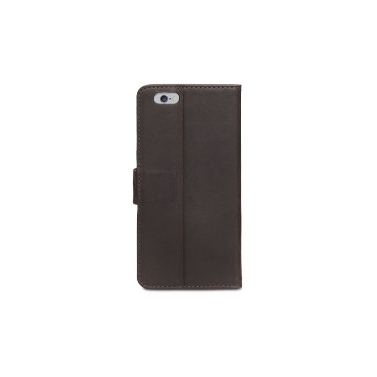 This Copenhagen leather wallet from dbramante1928 looks elegant in Hunter Dark. With it's timeless design and durable material it protects your iPhone 6 or iPhone 6 Plus, while providing you with numerous viewing angles. Your iPhone 6 or iPhone 6 Plus display can also be flipped over to stand up, making an easy-to-use display for your work on the move. The case folds in a notebook style and fastens with a magnetic leather tab.