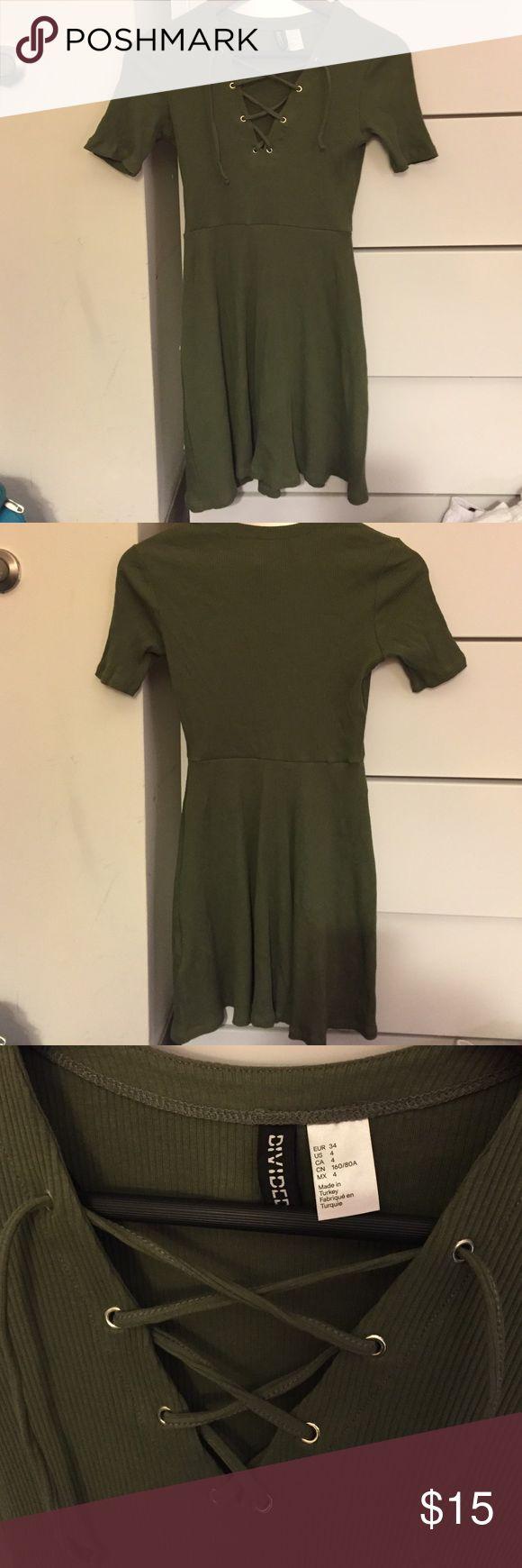 Khaki green dress Dress with lace up detail H&M Dresses Mini