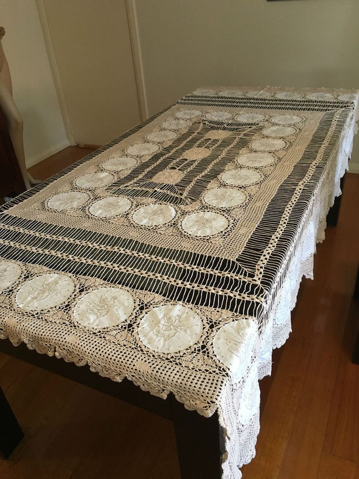 New Vintage Lace Embroidered W Cotton Circles Large Tablecloth / 6 Serviettes