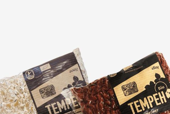 TEMPEH MERAPI - od dziś na www.pureveg.pl belgijski starter | polska soja | produkowany w Polsce  certyfikat BIO P03216 | certyfikat Bioekspert dla żywności ekologicznej PL-EKO-04 | znak jakości Viva! naturalny 9,90zł | smażony 10,90zł Zapraszamy na zakupy #tempeh #tempehgold #tempehmerapi #tempehsmazony #tempehnaturalny @merapitempeh #weganskie #vegan #polskitempeh
