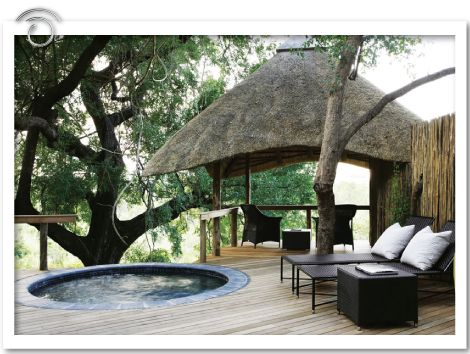 Londolozi Private Game Reserve, Varty Camp  Londolozi is one of the original pioneering private game reserves of the ecotourism industry in South Africa, and an unashamedly family-run, stand-alone operation.