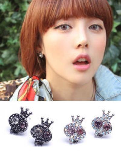 Skull Crystal Stone Stud Earrings