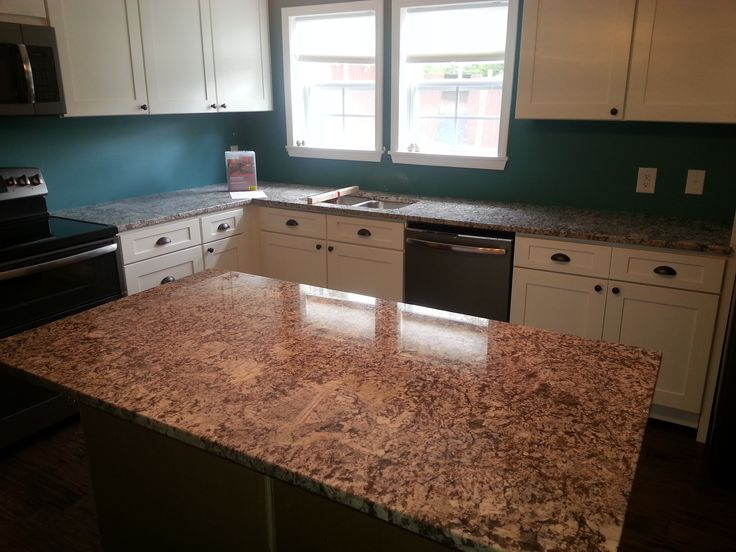 Bianco Antico Granite Kitchen Countertop Install For The Critchlow Family.  Knoxvilleu0027s Stone Interiors. Showroom