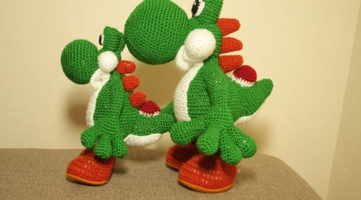 Crochet YOSHI and yoshi dragon :)
