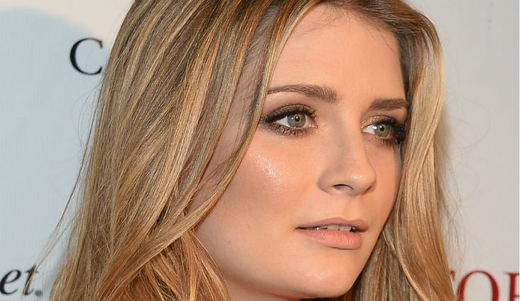 Mischa Barton: Former 'It' Girl To Appear On 'DWTS,' To Star In 'The Hoarder'  Read more at: http://www.inquisitr.com/2851616/mischa-barton-former-it-girl-to-appear-on-dwts-to-star-in-the-hoarder/  #mischabarton #dancingwiththestars #DWTS #thehoarder #tv #film #movies