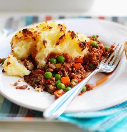 Try this healthier, low fat cottage pie recipe for a tasty take on a classic. Enjoy a low calorie meat free version of this favourite with Quorn Mince.
