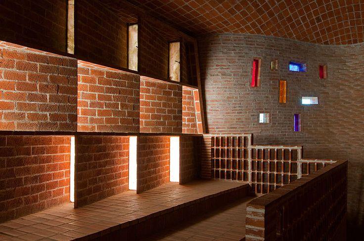 Eladio Dieste chiesa di Atlantida, interni