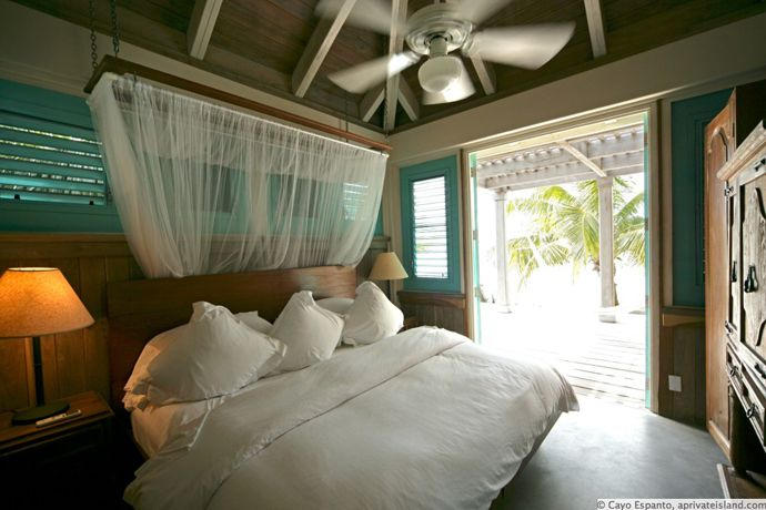 Cayo Espanto- Private Villa  with Spectacular One Bedroom Over the Water, BelizeCayo Espanto, Private Pools, Amazing Villas, Bedrooms Design, Bedrooms Beach, Private Islands, Beach Villas, Bedrooms Ideas, Private Villas