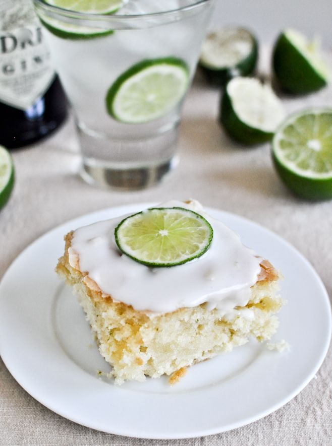 Gin and Tonic Cake? Sounds amazing.: Fun Recipes, Gin Cakes, Gin And Tonic, Desserts Pour, Tonic Cakes, Gin Tonic, Tasti Recipes, Savory Recipes, Les Amateur
