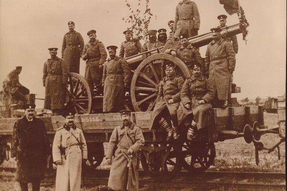 Balkan War, 1913 Die bulgarische Armee belagerte Edirne (Adrianopel) und drang bis vor die Tore Istanbuls vor.