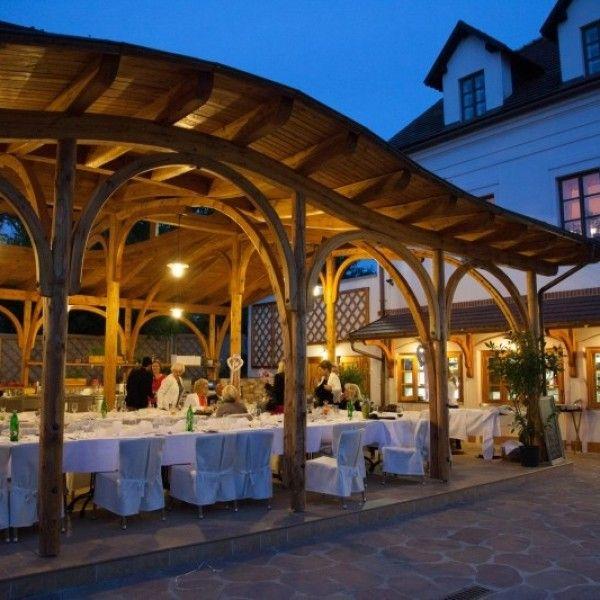 Svatby - Restaurace Babiččina zahrada - Rodinná pohoda. Restaurace s poctivou prvorepublikovou kuchyni