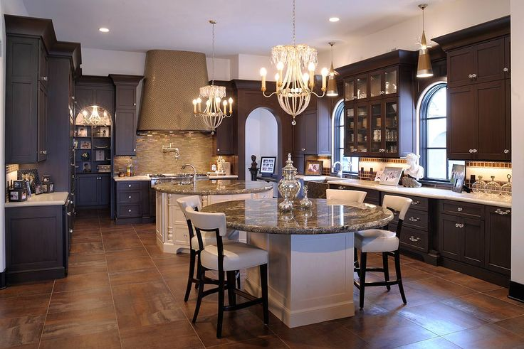 Kitchen, White Classic Round Kitchen Island With Granite Countertop White Classic Round Dining Table With Granite Countertop White Dining Chairs With Black Frame Large L Shaped Wooden Kitchen Cabinet Big Kitchen Hood Ceramic Floor: How to Make a Best Classic Kitchen Design