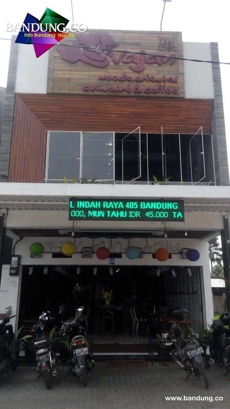 Wajan Resto di Jl. Batununggal Indah Raya 405