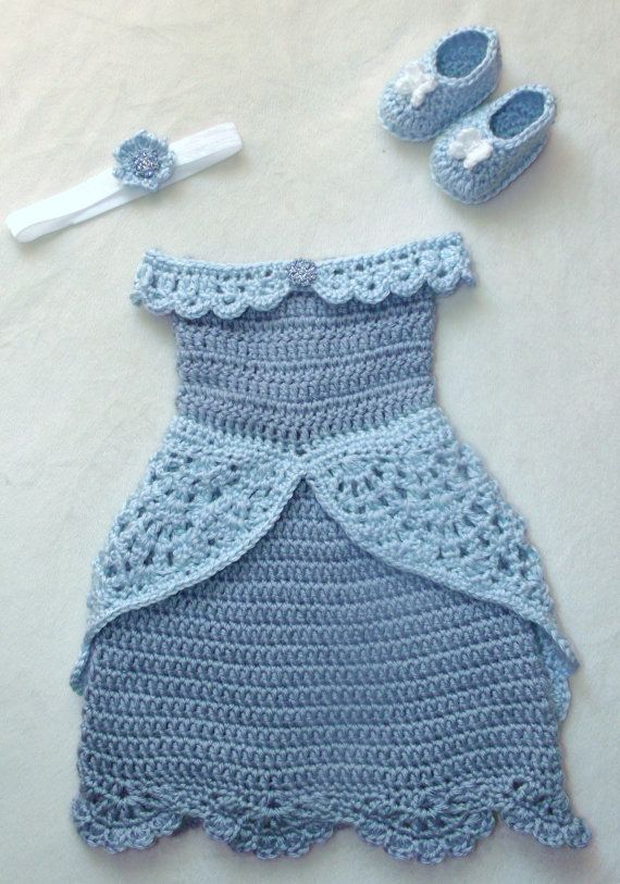 crochet Disney's Cinderella inspired princess by momscrochetcorner