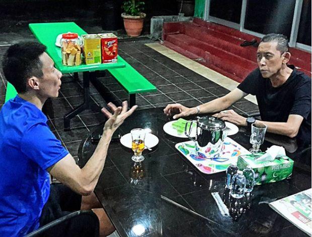 Pujuk rayu Lee Chong Wei sentuh hati: Dia mungkin mahu tamatkan karier bersama saya  Misbun   Pujukan dan rayuan Datuk Lee Chong Wei menyentuh hati Datuk Misbun Sidek untuk kembali ke Persatuan Badminton Malaysia (BAM).  Pujuk rayu Lee Chong Wei sentuh hati: Dia mungkin mahu tamatkan karier bersama saya  Misbun  Lagenda badminton negara itu berkata beliau telah mendengar segala luahan hati jaguh dunia itu sebelum menerima tawaran ketua jurulatih perseorangan negara.  Sebab utama saya…