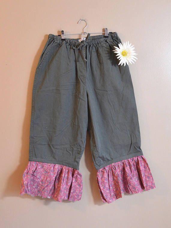 231da1d92e2 Army Green Pants Vintage Floral Fabric Ruffle Hem Culotte Pants ...