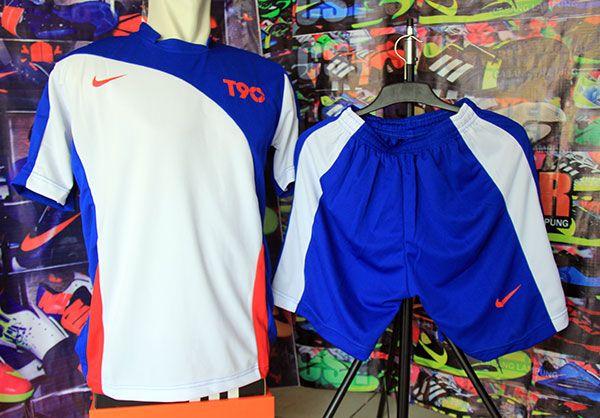 Setelan Kaos Nike T90 Putih Biru Rp 80.000