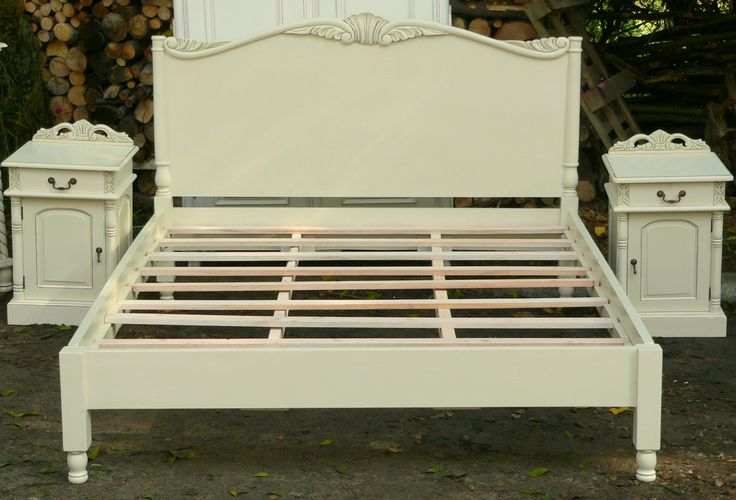 Wspaniałe łóżko stylowe o 140 x 200cm :: www.mebelstylowy.pl