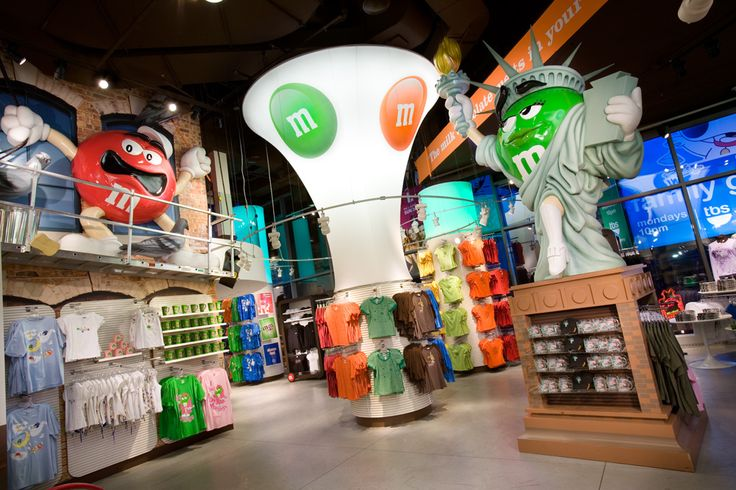 "M&M'S WORLD,New York City, ""Melt in your mouth not in your hand"" ,photo by Mark Steele,  pinned by Ton van der Veer"