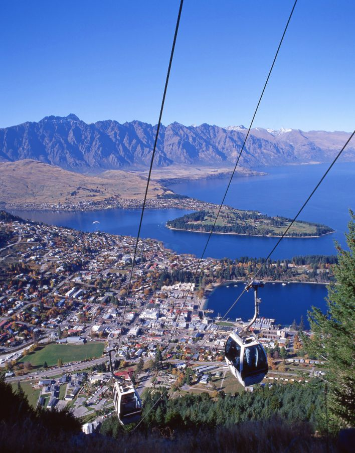 Take the Skyline Gondola in #Queenstown, New Zealand to try paragliding, luge racing, or bungee jumping.